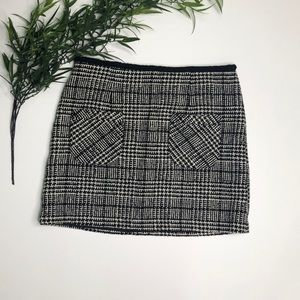 Nanette Lepore Skirt Size 4 Black/White